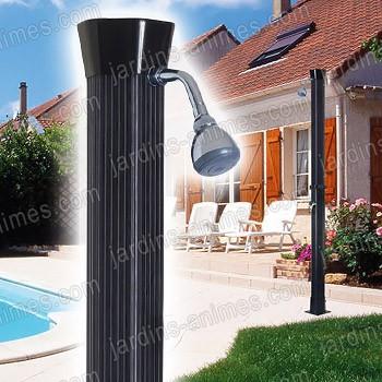 douche de jardin ecologique solaire 18l mobilier de jardin. Black Bedroom Furniture Sets. Home Design Ideas