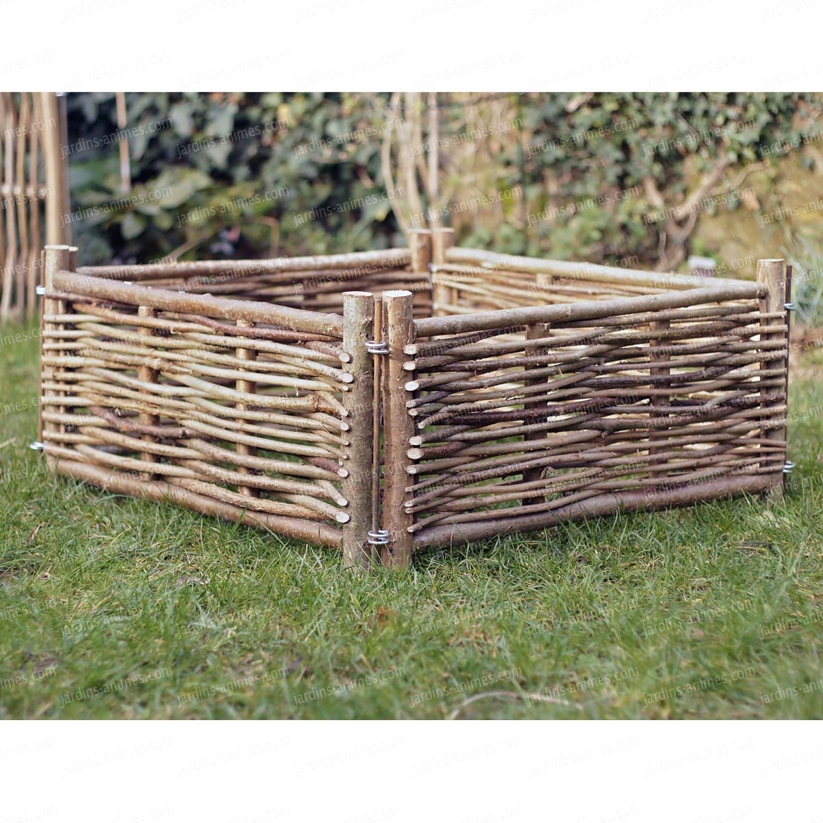 carr potager noisetier haut 35cm carr potager. Black Bedroom Furniture Sets. Home Design Ideas