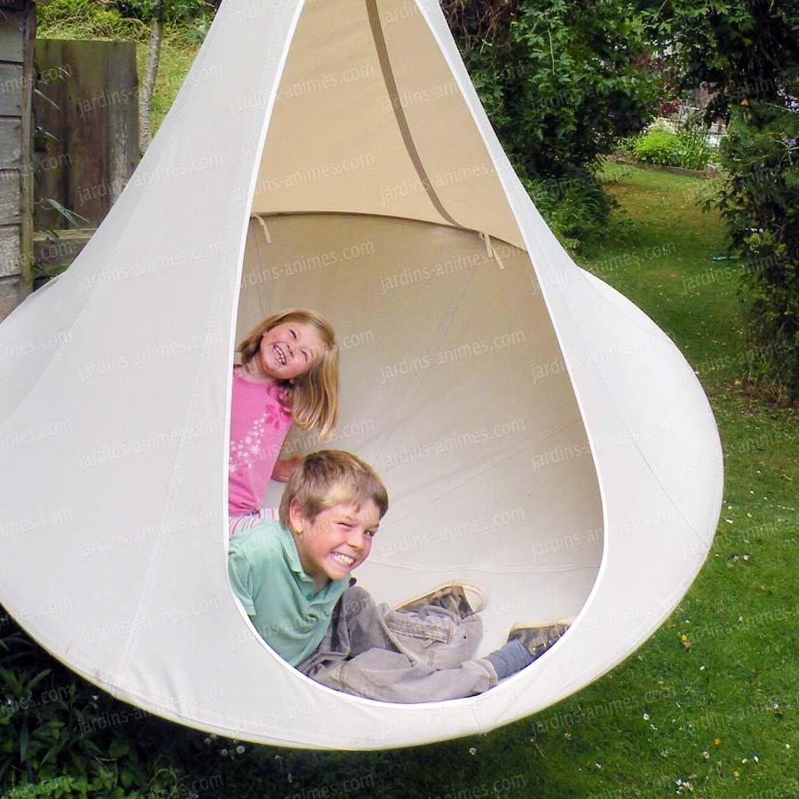 infos sur tente de jardin enfant arts et voyages. Black Bedroom Furniture Sets. Home Design Ideas