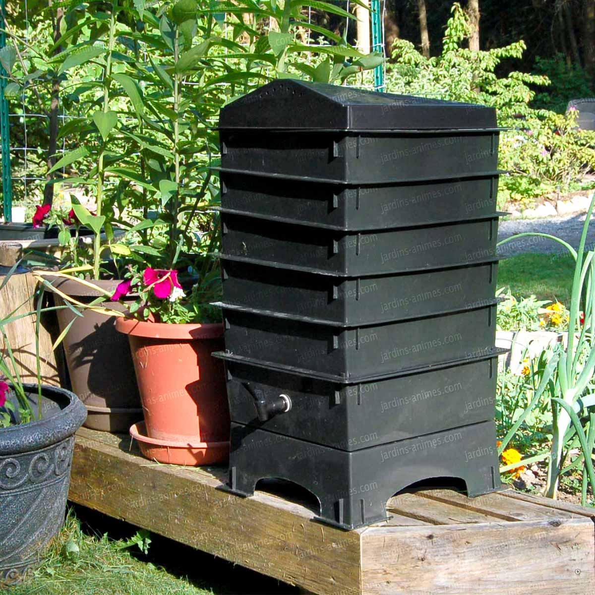 lombricomposteur balcon lombribox lombricomposteur. Black Bedroom Furniture Sets. Home Design Ideas