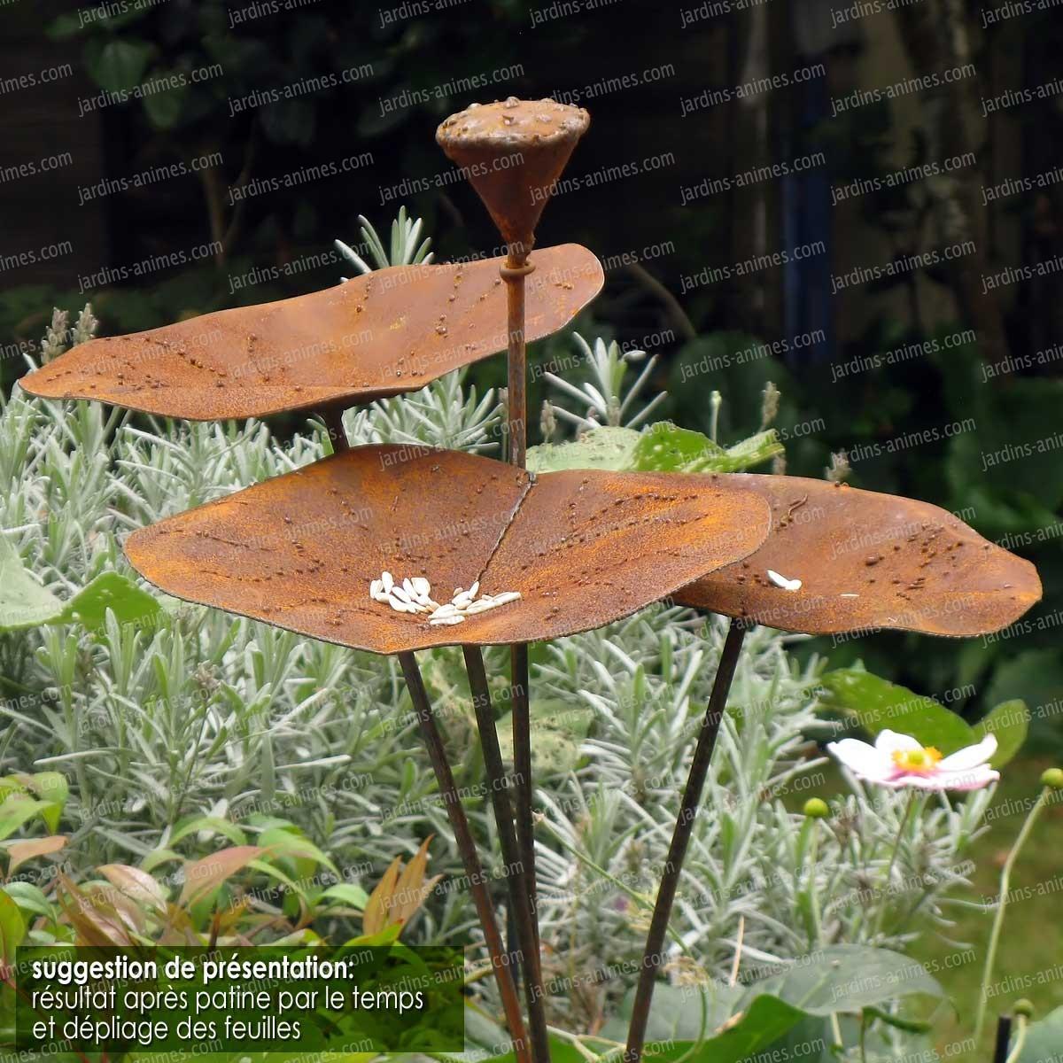 mangeoire fleur de lotus mangeoires bains d 39 oiseaux. Black Bedroom Furniture Sets. Home Design Ideas