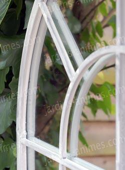 Miroir m tal romane x blanc mobilier for Miroir trompe l oeil fenetre