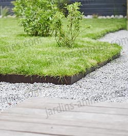 guide am nager son jardin avec des bordures de jardin jardins animes. Black Bedroom Furniture Sets. Home Design Ideas
