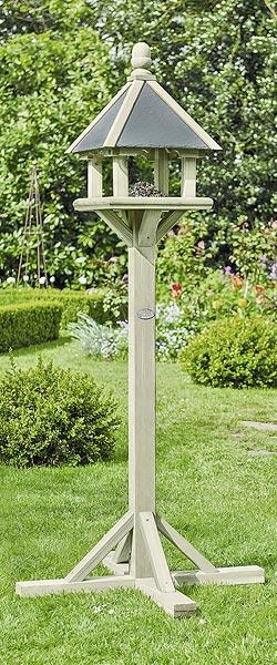 Jardins anim s animaux oiseaux mangeoires bains d for Mangeoire sur pied pour oiseaux du jardin