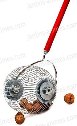 Appareil pour ramasser les noix