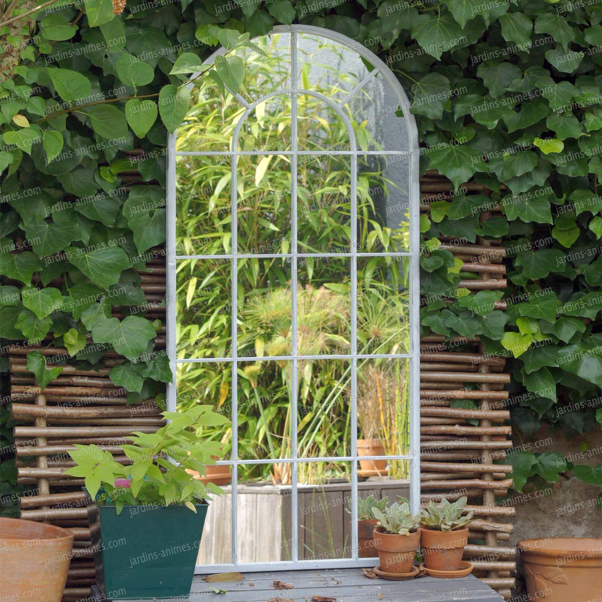 Miroir m tal romane x blanc mobilier de jardin - Miroir exterieur jardin ...