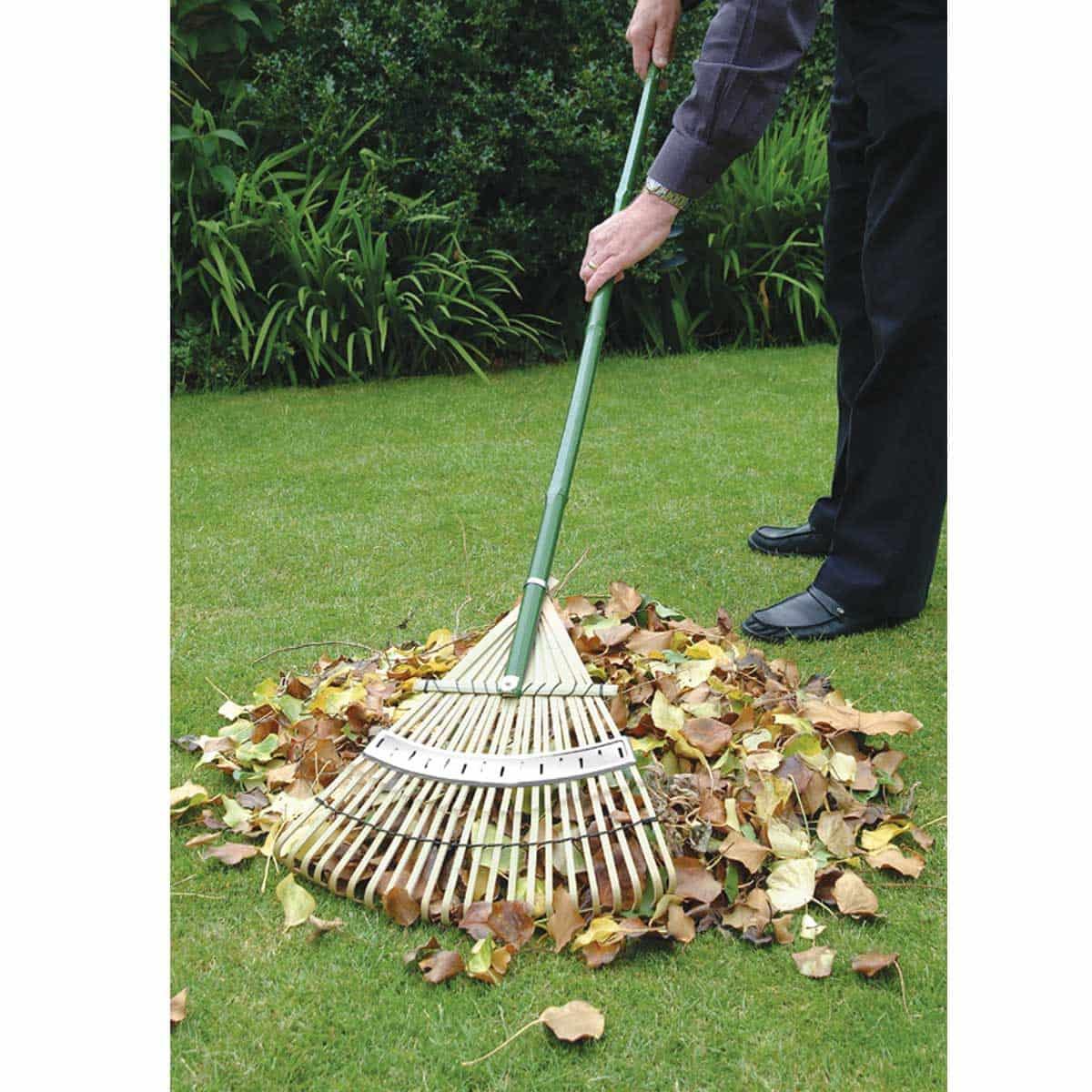 rateau en bambou outils pour ramasser les feuilles. Black Bedroom Furniture Sets. Home Design Ideas